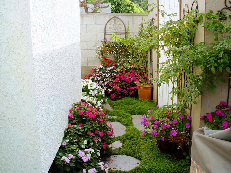 Jardines en espacios peque os florister as en zaragoza - Jardines pequenos modernos ...