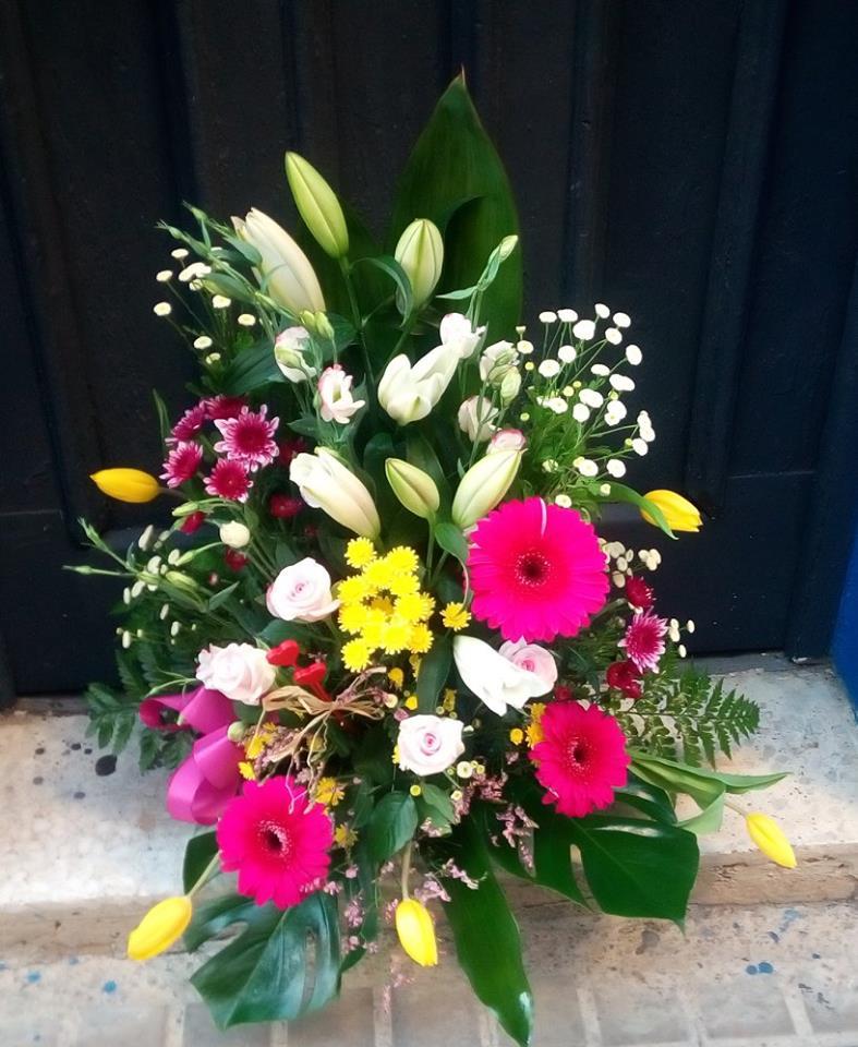 ramo flores cumpleanos floristeria zaragoza